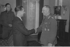 El Mariscal Rommel es recibido por el Ministro de Propaganda del Reich, Joseph Goebbels - 1942.