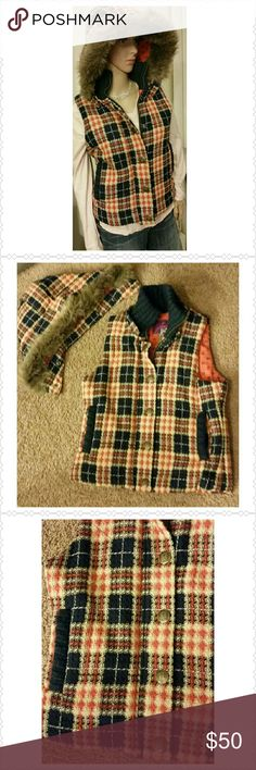 Jack by BB Dakota plaid vest Jack by BB Dakota vest, orange and blue plaid with fur lined hood. Orange peace sign lining. Zip front with several snap buttons. Hood is detachable. Two front pockets. Size medium, but seems to run a bit small. Jack by BB Dakota Jackets & Coats Vests