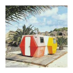 a mid-century design archive Travel With Kids, Family Travel, Mobile Home, Autumn Inspiration, Get Outside, Mid Century Design, Deco, Outdoor Gear, Wander