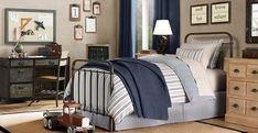 Boys bedroom - vintage
