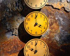 Yellow Hued clocks