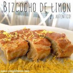 Bizcocho casero tradicional de limón, versión light.   Ingredientes:  -2 huevos camperos -4 claras -100gr (3 cucharadas) de queso fresco desnatado -80 gr de harina de avena (5 ó 6 cucharadas colmadas) (yo usé esta de NUTRYTEC sabor croissant o neutro) -ralladura de un limón -1 sobre de levadura -edulcorante al gusto (yo eché una cucharada)