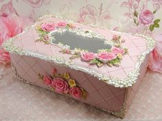 Krabička na kapesníky * dřevěná, krásně zdobená ♥