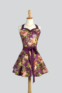 Sweetheart Apron  Retro Flirty Womens Apron in by CreativeChics, $42.00