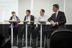 Table-ronde 2 : Adapter l'environnement de travail / Forum Bien vivre au travail SNCF (novembre 2013) 2013, Table, November, Environment, Tables, Desk, Tabletop, Desks