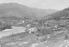 Pogled na Plave v ozadju kamniti železniški viadukt - View of Plava, on the Isonzo.