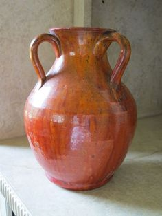 Late 19thc/Early 20thC Carolina Pottery 3-arm vase. Beautiful lines/shape