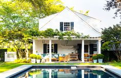 White home in the Hamptons with pool