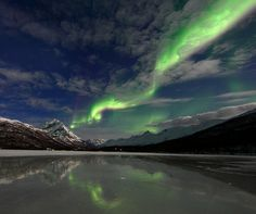 I want to see the northern lights sometime in my lifetime! Aurora over Laksvatn by Thorbjørn Riise Haagensen, Norway. Outdoor Photography, Nature Photography, Night Photography, Sunset Pictures, Sunset Pics, Natural Wonders, Au Natural, Aurora Borealis, Night Skies
