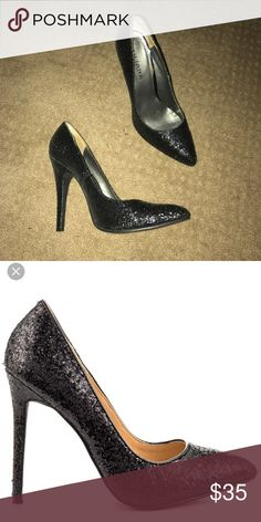 Lk New Black Glitter Pumps Heels 9 Worn once. Only sign of wear is on very bottom of shoes where they hit the floor. Size 9. From Nasty gal site but not their brand. No trades. Nasty Gal Shoes Heels
