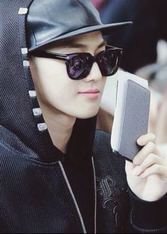 Suho Daddy! Hes got it all; Dollars, euros, yen, pounds, won you name it! #Suho #$uho #TheRichMember