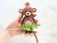 Kijk wat ik gevonden heb op Freubelweb.nl: een gratis haakpatroon van Amigurumi Today om dit leuke aapje te haken https://www.freubelweb.nl/freubel-zelf/gratis-haakpatroon-aapje-2/