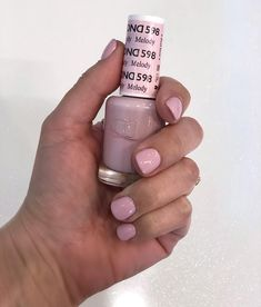 Melody by DND today ? Do you prefer light or dark nails? Pink Nail Colors, Gel Polish Colors, Dnd Shellac Colors, Gel Polish Designs, Hair And Nails, My Nails, Oval Nails, Dnd Nail Polish, Shellac Nail Art