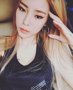 Heize (헤이즈) | Wow!! She looks so beautiful, her eyes are just too mesmerizing!! ❤❤