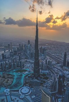 Funny pictures about The Burj Khalifa In Dubai. Oh, and cool pics about The Burj Khalifa In Dubai. Also, The Burj Khalifa In Dubai photos. In Dubai, Dubai City, Dubai Golf, Dubai Uae, Dubai 1990, Dubai Hotel, Visit Shanghai, Shanghai Tower, Dreamland