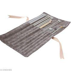 Tuto pour créer une trousse à rouler pour ranger ses aiguilles à tricoter.