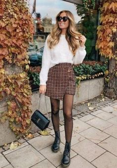 Loving the mix with the skirt and boots outfit inspiration fall fashion womensfashion styleinspiration drmartens plaid hairstyles # Mode Outfits, Skirt Outfits, Trendy Outfits, Dress Skirt, Sweater Outfits, Skirt Set, Look Fashion, Trendy Fashion, Autumn Fashion