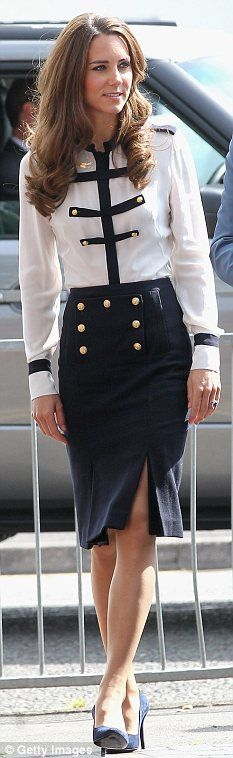love this look (Kate Middleton). Alexander McQueen