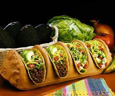 Google Image Result for http://4.bp.blogspot.com/-7s5IqaIvxXY/TcMiwqVFl6I/AAAAAAAAACE/7IxJsGFn62k/s1600/Tacos-mexican-food-558176_600_500.jpg