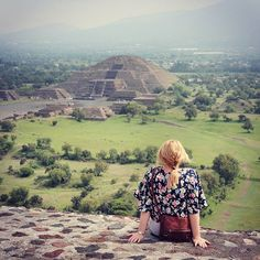 Teotihuacan Pyramids / Everything you need to know about a trip to Mexico City / A Globe Well Travelled