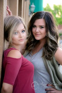 Models Hannah Troberg &MacKenzie Burris  Best friends photos  Angie Hawkins Photography  www.angiehawkinsphotography.com  #angiehawkinsphotography  #reddingphotographer #portraits #andersonphotographer #modernsenior #modernteenstyle #model #portraits #bestfriends #bestfriendphotos