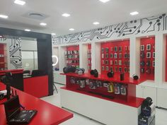 We offer shopfitting services for revamps and complete retail space remodelling. Call Display for the best in shop fitting.