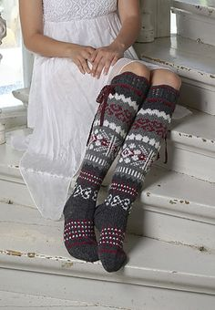 gorgeous knitted socks in shades of gray, white, and cranberry