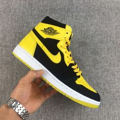 2017 Air Jordan 1 Mid New Love Black Varsity Maize-White For Sale Online 7c9f23321