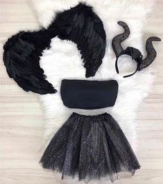 "1,291 Me gusta, 19 comentarios - Lugar De Estilo (@lugardeestilo) en Instagram: ""USARIAM?? 🦋@lojastopdoinsta ____________________________________________ #maquiagemx…"" Cute Group Halloween Costumes, Trendy Halloween, Cute Costumes, Halloween Fashion, Carnival Costumes, Halloween Outfits, Costumes For Women, Halloween Zombie, Halloween Makeup"