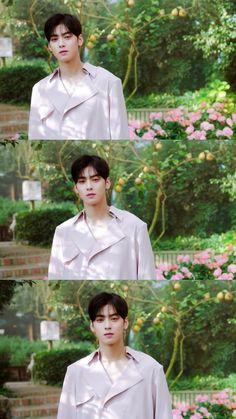 Boys Over Flowers, Flower Boys, Cute Couple Art, Cute Couples, Cha Eunwoo Astro, Astro Wallpaper, Wallpaper Aesthetic, Kim Myung Soo, Seo Kang Joon