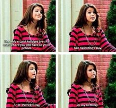 "When she spoke the truth about holidays: 13 Times Alex Russo From ""Wizards Of Waverly Place"" Literally Gave No Fucks Selena Gomez, Old Disney Shows, Zack E Cody, Alex Russo, Wizards Of Waverly Place, Disney Channel Shows, Old Shows, Disney Memes, Disney Sayings"