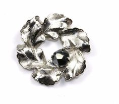 VINTAGE INC SIGNED WREATH CRYSTALS ACCENT BROOCH/PIN 1 IN 925 STERLING BB 483 #INC