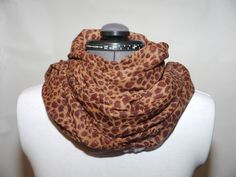 Bomullsscarf brun 129:- @ http://decult.se/store/products/bomulls-scarf-brun