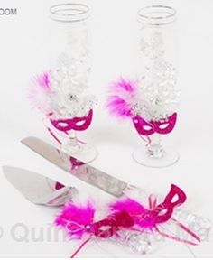 Quinceanera toasting glasses and quinceanera toasting sets for your quinceanera party! Mis Quince Anos toasting sets in custom colors!