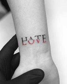 Kleine Tattoos zum Nachahmen denn weniger ist mehr Wandern tattoo tattoo tattoo tattoo tattoo tattoo tattoo ideas designs ideas ideas in memory of ideas unique.diy tattoo permanent old school sketches tattoos tattoo Pretty Hand Tattoos, Small Hand Tattoos, Cute Tattoos, Beautiful Tattoos, Girl Tattoos, Awesome Tattoos, Tattoo Girls, Easy Tattoos, Fashion Tattoos