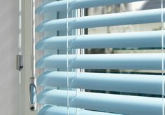 With THIS easy trick cleaning the window blinds will be no trouble at all!