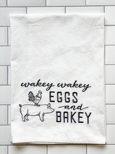 Embroidered Flour Sack Tea Towel - Wakey Wakey Eggs and Bakey - Dish Towels - Kitchen Towels by TheStitchinChicken on Etsy Dish Towels, Tea Towels, Hand Towels, Xmas Gifts For Mum, Towel Crafts, Kitchen Towels Crafts, Kitchen Humor, Kitchen Signs, Machine Embroidery Projects