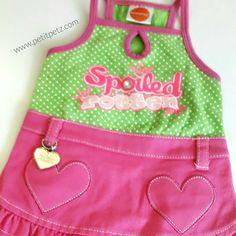 Vestido para perrita en talla small. Falda tejana color rosa y blusa sin mangas.  Envíos a toda España