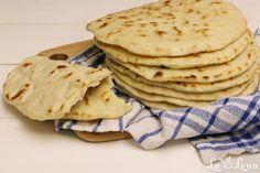 Pizza Recipes, Vegan Recipes, Dessert Recipes, Greek Pita Bread, Gyro Recipe, Bread Bun, Mediterranean Diet Recipes, Raw Vegan, Cravings