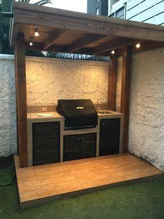 Outdoor Kitchen Patio, Outdoor Kitchen Design, Small Outdoor Kitchens, Design Kitchen, Kitchen Interior, Room Interior, Interior Design, Outdoor Grill Station, Outdoor Barbeque Area