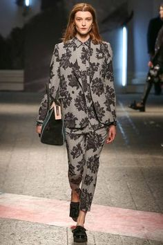 #MarcodeVincenzo Fall 2014 Ready-to-Wear #patternoutfitting #floral
