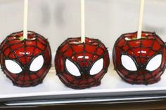 Spiderman Candied Apples - Great for Spiderman fans or Spiderman Parties!