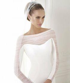 KAINDA, Wedding Dress 2015 longsleeved