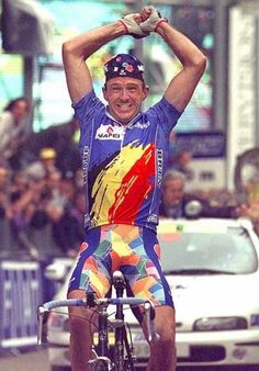 1996 Worlds: Johan Museeuw (Belgium) celebrates his world championship victory in Lugano, Switzerland