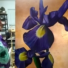 Stephen Hackley original  Water drops on the petals!  http://ift.tt/2ajJSbk  #art#artworkforyourhome #livingroom #architecture #homefurnishings #homedecor #bedroomdesign #bedroomdecor #luxurylifestyle #luxuryliving #walldecor #walldecoration #diningroom #diningroomdecor #largeartworkforsale #largeartworkforyourhome #interiors #interiordesign #florals #flower #botanicalartist #botanical#iris