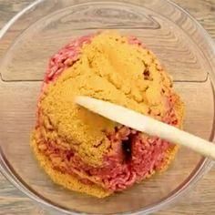Levitä jauheliha uunipellille ja peittele se juustolla – vain vilkaisu lopputulokseen ja olen myyty