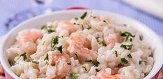 Receita fácil de Risoto de Camarão Cremoso! Veja o passo a passo e aproveite as dicas da Sabores Ajinomoto para você arrasar na cozinha com essa receita. - Sabores Ajinomoto Pasta Salad, Risotto, Potato Salad, Potatoes, Rice, Ethnic Recipes, Food, Easy Trifle Recipe, Yummy Recipes