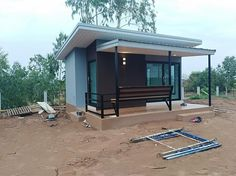 Home Renovation Diy Small 53 Ideas House Deck, House Front, Small Modern Cabin, Workout Room Home, Ideas Hogar, Small House Design, Trendy Home, Home Design Plans, Small House Plans