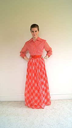 70s Dress. Gingham / Prairie / Maxi Dress. Red and White. Medium / Large.
