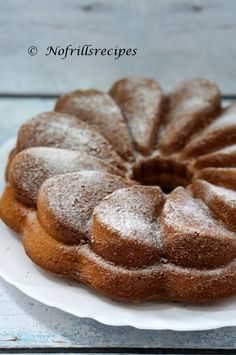 A soft, moist and slightly spongy bundt cake for you to enjoy at any time of the day. Cake Tasting, Sponge Cake, No Bake Cake, Corner, Bread, Cakes, Baking, Food, Bread Making